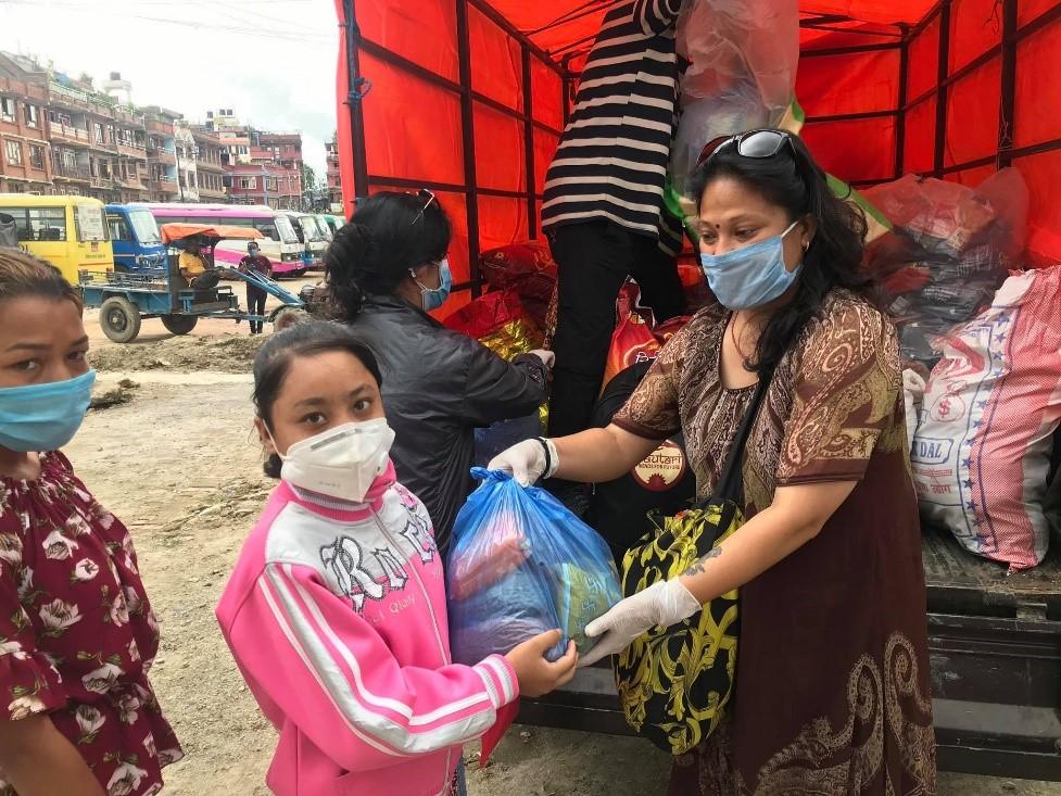 Corona-Nothilfe: Dautari Nepal verteilt Lebensmittel in Bhaktapur